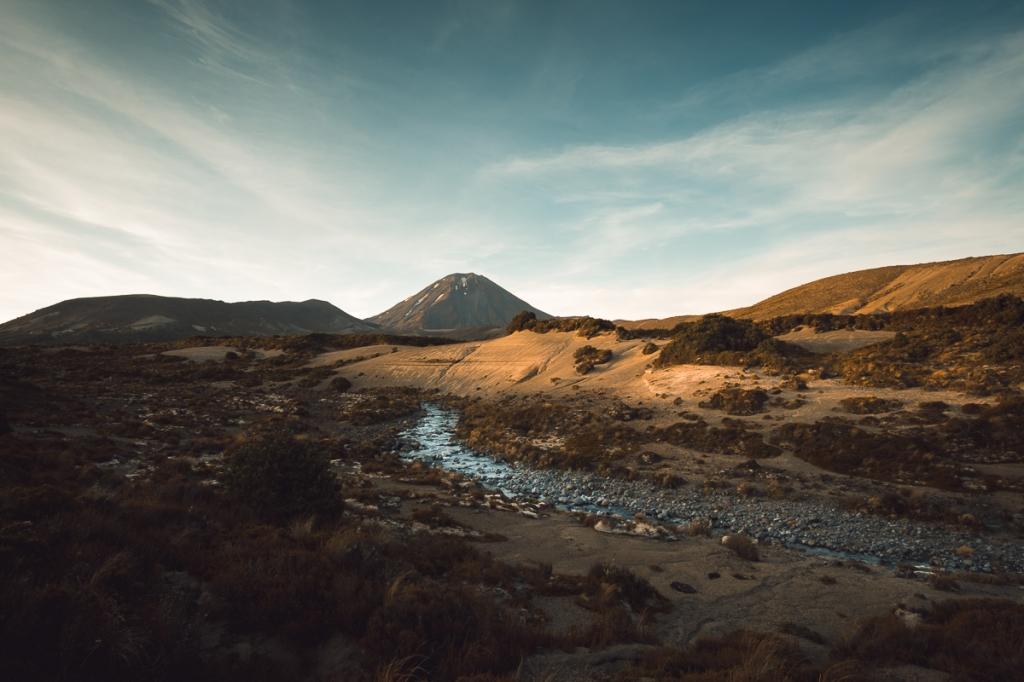 Mont Doom lors du Tongariro Alpine Circuit  Scène du seigneur des anneaux